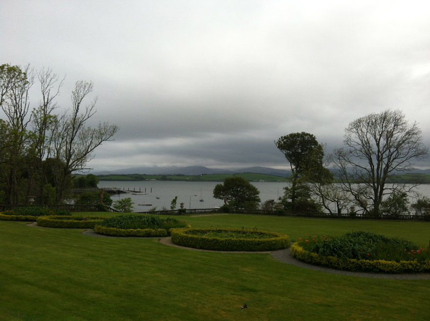 Bantry-house-front-lawn